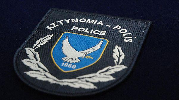 Κύπρος: Ανήλικο θύμα σεξουαλικής κακοποίησης υποχρεωθηκε σε αναγνώριση του θύτη σε αστυνομική παράταξη