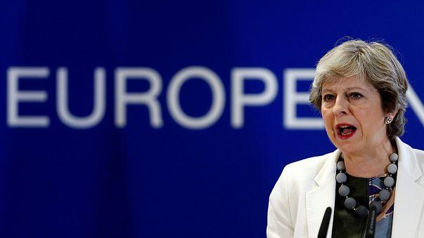 Brexit : Theresa May assure qu'il y a du progrès