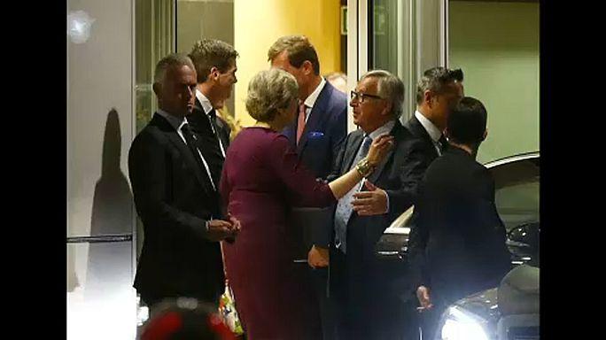 Enfado en Bruselas por la filtración del encuentro entre Juncker y May
