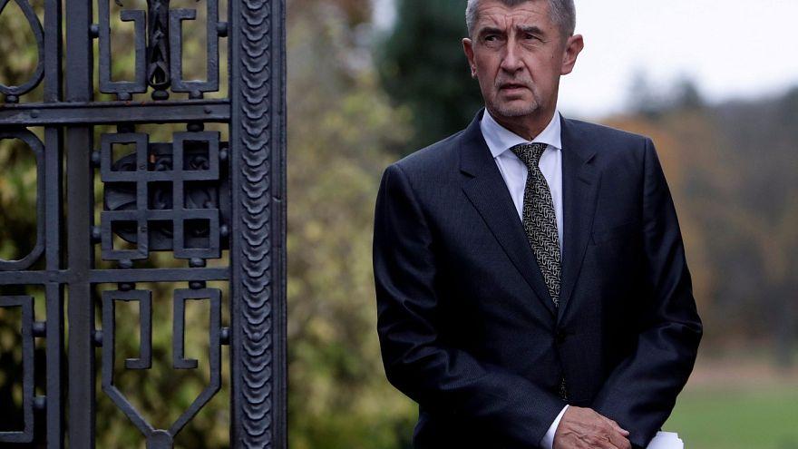 Andrej Babiš à procura de uma coligação