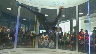 فوز فرنسي في بطولة العالم للقفز بالمظلات