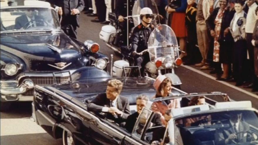 Históriadores querem respostas sobre Kennedy