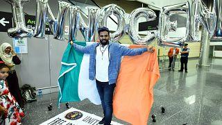 """المواطن الايرلندي """"إبراهيم حلاوة"""" من السجن إلى الحرية بعد أربع سنوات في السجون المصرية"""