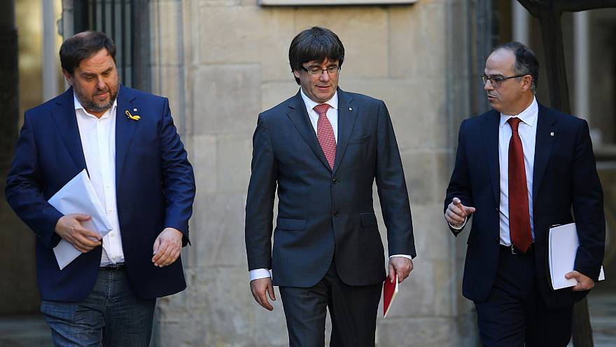 Catalan president considers calls for a snap election