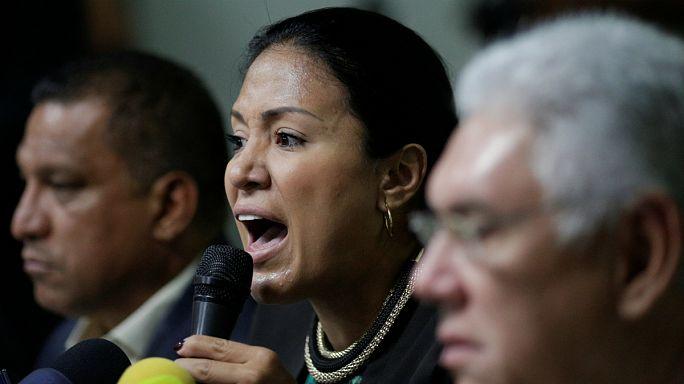 Aliança da oposição a desmoronar-se na Venezuela