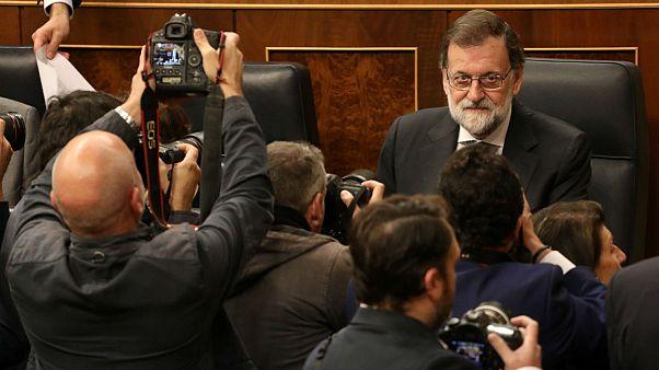 راخوی: برای جلوگیری از خسارت اقتصادی بیشتر کاتالونیا را کنترل میکنیم