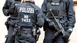 Waffenfund bei Razzia in Berlin - Eine Festnahme
