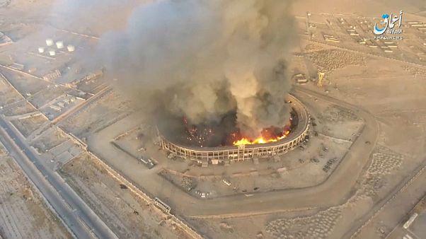 حمله داعش با پهپاد به استادیوم دیرالزور؛ انهدام تجهیزات ارتش سوریه
