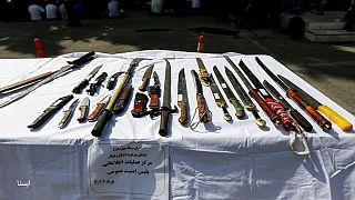 مجلس ایران «حمل سلاح سرد» را جرم اعلام کرد