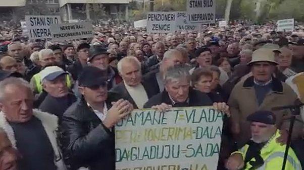 Nyugdíjastüntetés Boszniában