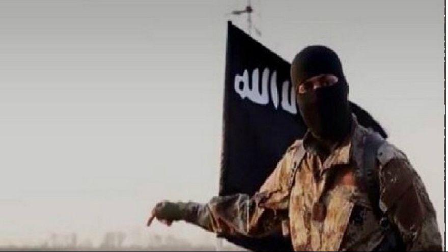 داعشیها در افغانستان در لباس زنانه به طالبان حمله کردند