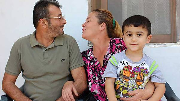 Κύπρος: Μια ιστορία αγάπης στο κατεχόμενο Ριζοκάρπασο