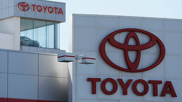 تویوتا برای فروش یک خودرو به ایران از آمریکا عذرخواهی کرد