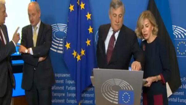 EP 'digitally signs' EU law