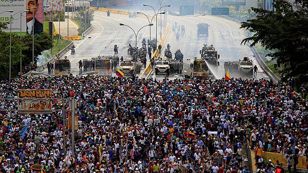 المعارضة الديموقراطية الفنزويلية تفوز بجائزة سخاروف 2017