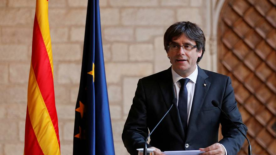 Puigdemont calls for a non-violent resistance