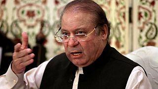 محكمة باكستانية تأمر بالقبض على رئيس الوزراء السابق نواز شريف