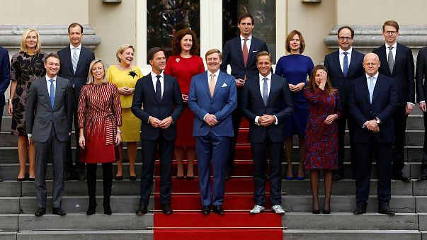 Beiktatták az új holland kormányt
