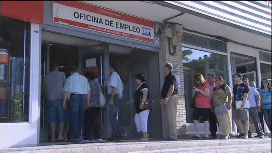 Baja la tasa de paro en España