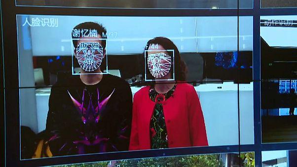 """Lächeln! """"Big Brother"""" wacht in China über die Massen"""