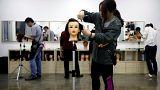 يابانية ترفع دعوى على ثانوية حكومية أجبرتها على صبغ شعرها