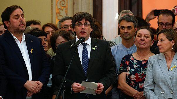 Katalonya lideri Puigdemont: Barışçıl mücadeleyi hedefliyoruz
