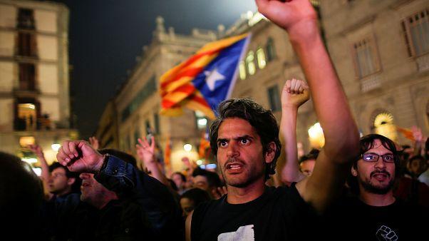Cataluña: primera fiesta de la autoproclamada república