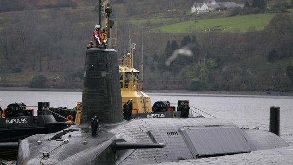 بسبب تعاطي الكوكايين داخل غواصة نووية.. فصل تسعة من البحرية البريطانية