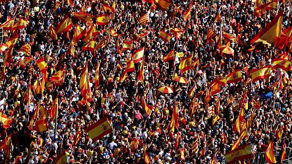 Barselona'da yüz binler sokağa indi