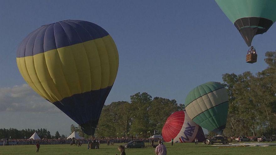 Arjantin'de balon festivali
