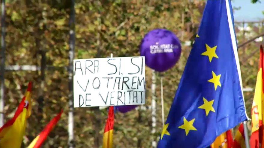 Barselona'da halk ayrılma kararına tepkili