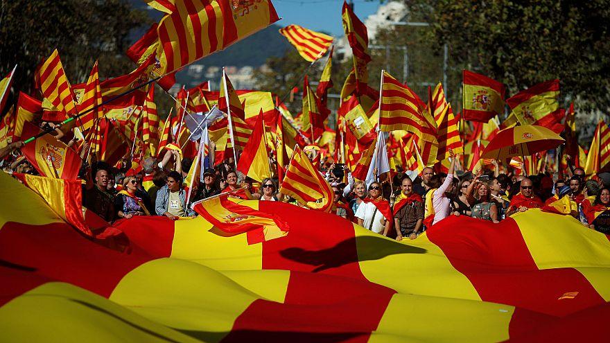 Unionistas desfilam em Barcelona