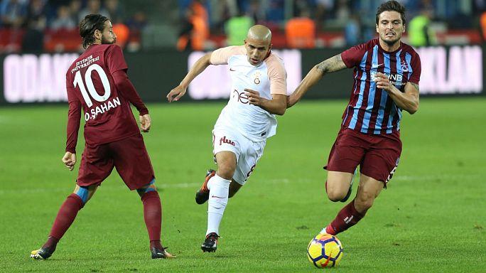 Galatasaray ilk mağlubiyetini Trabzon deplasmanında aldı