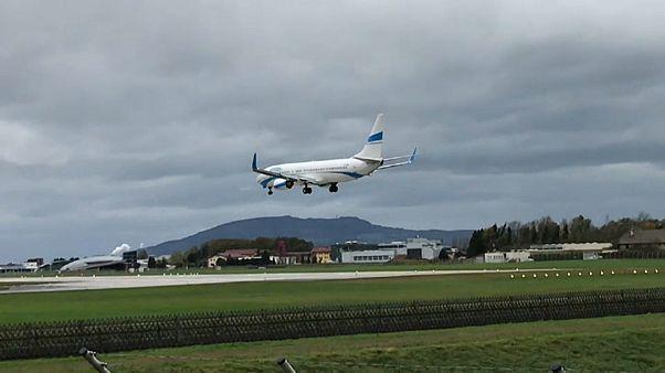 VÍDEO: Vento quase provoca acidente aéreo na Áustria