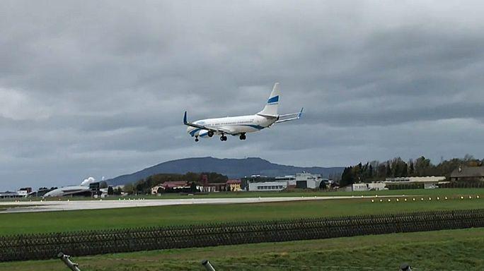 Watch: Plane aborts bumpy landing in Austria storm