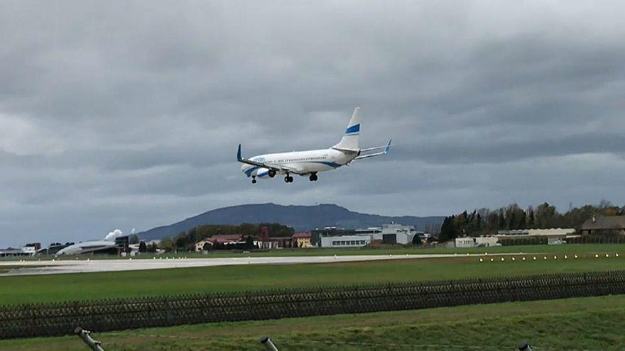 Videó: nem tudott leszállni az erős szélben a repülő Salzburgban
