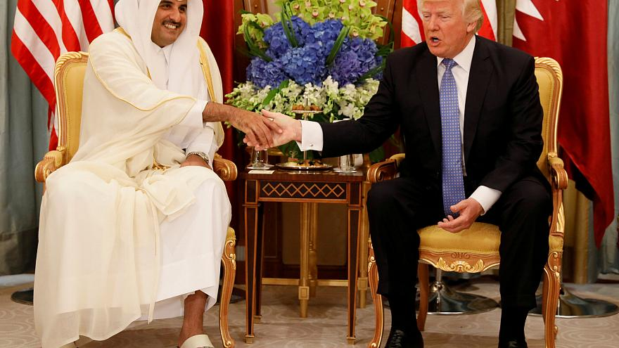 أمير قطر: لا شيء فوق كرامتنا ومستعدون لإجراء محادثات يستضيفها ترامب حول الازمة الخليجية
