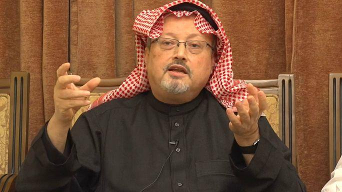 كاتب سعودي: شيك ب4 مليارات دولار يحل الأزمة الخليجية