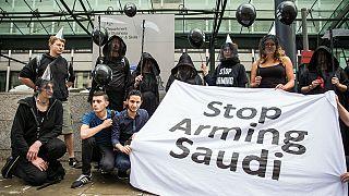 نمایندگان پارلمان اروپا به موگرینی: فروش اسلحه به عربستان را ممنوع کنید