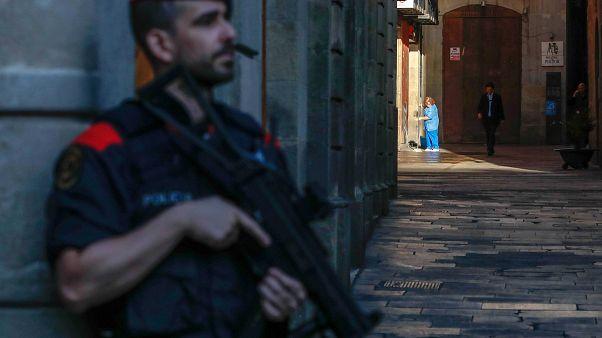مادرید مصمم به حفظ یکپارچگی اسپانیا؛ رهبر جداییطلبان کاتالونیا در بلژیک پناه گرفت