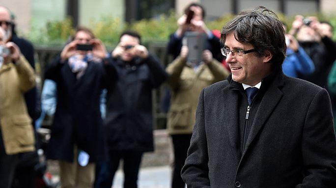 Che succede ora allo stipendio di Puigdemont?
