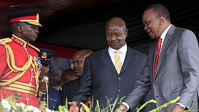 Museveni congratulates Kenyatta on behalf of EAC regional bloc