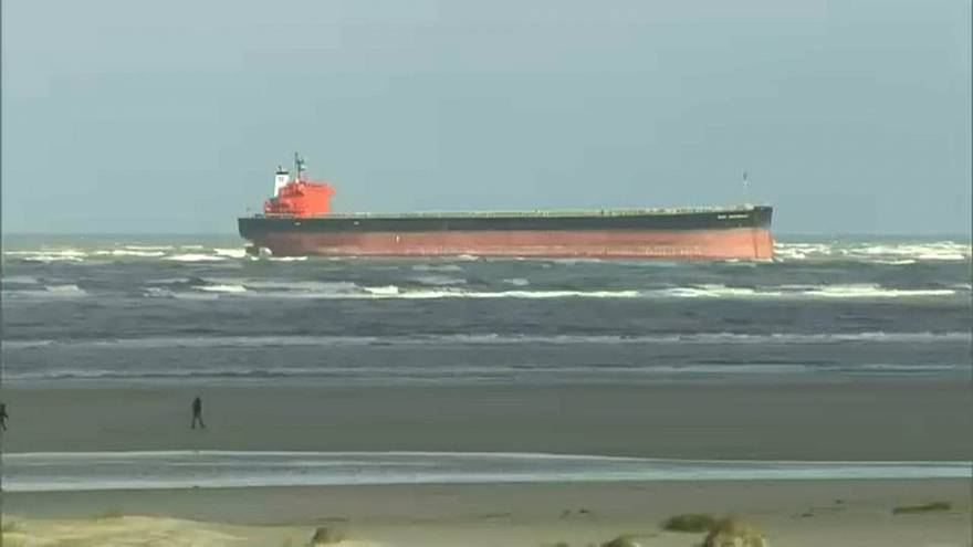 Gestrandeter Frachter vor Langeoog: Bergung könnte Tage dauern
