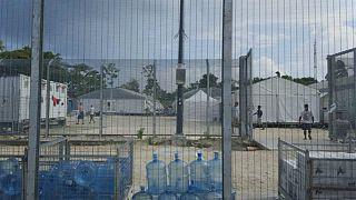 تنش در اردوگاه پناهجویان در پاپوآ گینهنو؛ مخالفت پناهجویان با ترک اردوگاه
