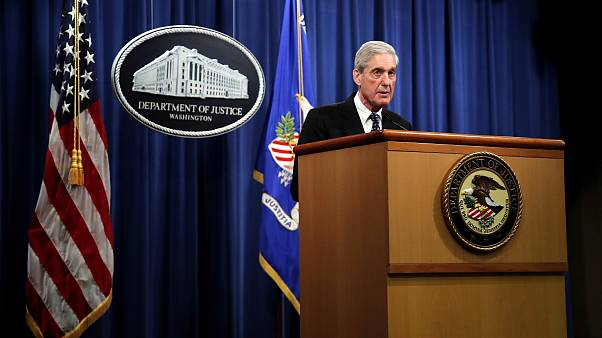 Image: Special Counsel Robert Mueller speaks at the Department of Justice o