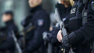 Polícia alemã detém sírio suspeito de terrorismo