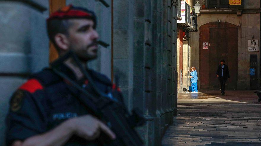Varias comisarías de los Mossos registradas por la Guardia Civil