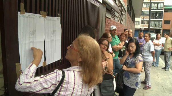 Oposição venezuelana não vai a eleições