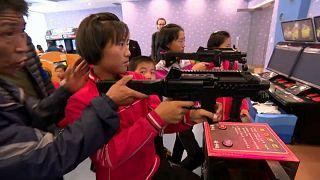 Schießen und Marschieren für Kim Jong-un im Kindercamp