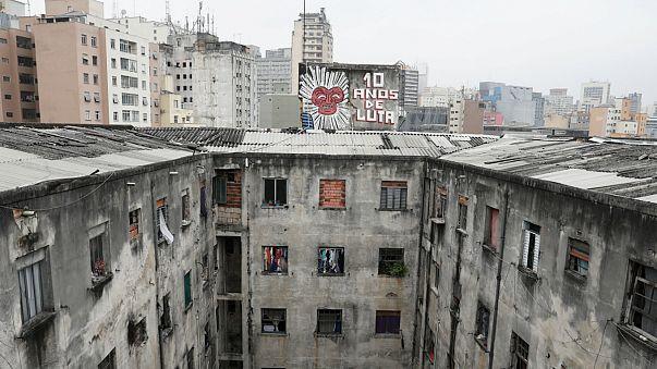 Dramática orden de desahucio en Brasil